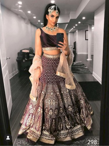 298 Embroiderd Tapeta Silk Lehenga Choli